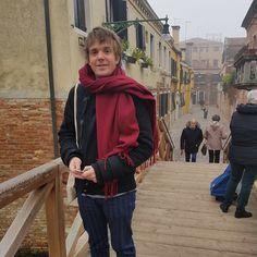 Enjoying beautiful foggy Venice #venicebiennale #travel  #cappuccino