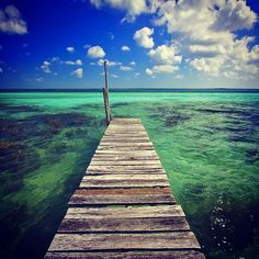 #emerald #Bacalar #blue #colors #Lagunabacalar #secretplaces #igers #iphoto #photo #magic #naturalpantone #views #vista #unique #nature