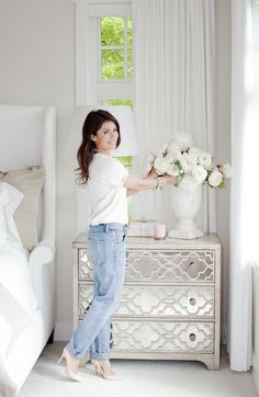 ideas white bedroom furniture ideas inspiration bedside tables for 2019 Mirrored Furniture, Bedroom Furniture, Diy Furniture, Bedroom Decor, Furniture Stores, Mirrored Nightstand, Painting Furniture, Bedside Drawers, Diy Painting