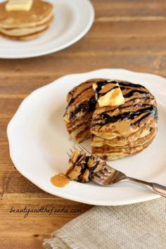 "Choco Nutty Tiger Pancakes are paleo ""buttermilk"" pancakes with chocolate syrup and nut butter syrup drizzled over them. These also have a low carb version. Low Carb Sweets, Low Carb Desserts, Low Carb Recipes, Real Food Recipes, Cooking Recipes, Yummy Food, Paleo Food, Paleo Recipes, Food Food"