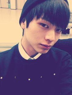 His eyes remind me of Vixx N! Sungjae Btob, Im Hyunsik, Minhyuk, Yongin, Vixx, Shinee, Musica Pop, Like A Mom, Big Bang