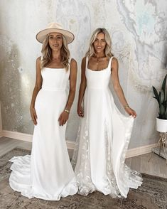 A step by step tutorial on how to deliver a complete wedding in only one week Wedding Pictures Beach, Simple Beach Wedding, Beach Wedding Inspiration, Wedding Dresses Photos, Boho Wedding Dress, Wedding Bride, Wedding Ideas, Dream Wedding, Wedding Wishes