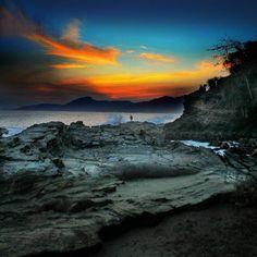 Pantai Karang Hawu-Pelabuhan Ratu