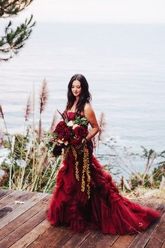 70249d0c447042 Burgundy wedding is a very popular scheme for fall ceremonies. Look at the  interesting ideas for burgundy weddings. Make your Big Day luscious and  unique!