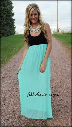 Black top maxi in MINT #country #style #dress