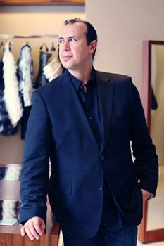 TONY WARD - The Fashion House