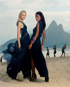 Campaign CARLOS MIELE Spring-Summer 2009. Model: Aline Weber and Emanuela de Paula. Photographer: Michael Roberts.