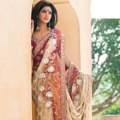 Saree Online: Buy Latest Indian Sarees (Saris) for Women Indian Attire, Indian Wear, Indian Style, Indian Dresses, Indian Outfits, Indian Clothes, India Fashion, Asian Fashion, Beautiful Saree