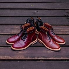""" We put the tone of eclipse in our boots to celebrate the Sun's Eclipse today in Indonesia "" In frame : Chevalier Captoe Boots Series Price 1850k -2100k idr  Let's join our campaign phase #2 The rule is very easy and simple, like our photos as much as possible and tag 1 of your friend in every photo you've liked. The lucky ones will get special product from us.  #chevalier #horween #chromexcel  #handmade #craft #shoes #vsco #leatherboots #usbootsfreak  #leathershoes #dailyessentials"