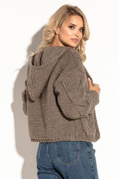 Knitwear Fashion, Knit Fashion, Sweater Fashion, Knitted Poncho, Crochet Cardigan, Knit Crochet, Hand Knitting, Knitting Patterns, How To Purl Knit