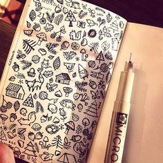 Algunos doodle que hago en mi mini-moleskine...