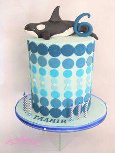 Orca Cake