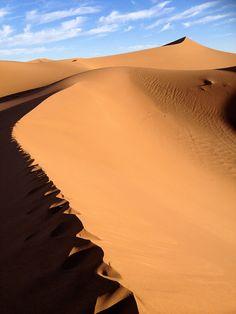Sahara desert dunes of Erg Chegaga |  #morocco #sahara Maroc Désert Expérience http://www.marocdesertexperience.com