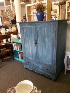 Milk paint redo, using two shades of turquoise and gray milk paint.