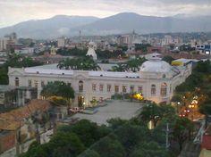 Gobernación Norte de Santander #soloprivilegios comparte para ti https://twitter.com/hotelcasinoint http://www.hotelcasinointernacional.com.co/ https://www.facebook.com/hotelcasinointernacionalcucuta
