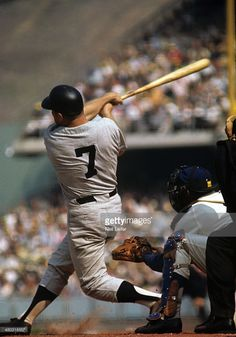 New York Yankees Mickey Mantle in action, at bat vs Los Angeles. My Yankees, New York Yankees Baseball, Baseball Socks, Baseball Stuff, Baseball Photos, Sports Photos, Baseball Cards, 1963 World Series, Famous Baseball Players