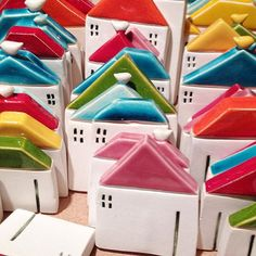 #ceramika #ceramikashe #houses #house #littlehouse #miniatures #colours #rainbow #rainbowroof