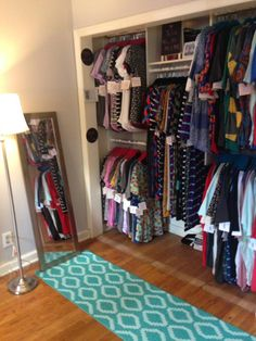Www.facebook.com/groups/LuLaRoeMaeganJones Small Space Storage, Small Space Organization, Room Organization, Lula Lounge, Lula Roe Business, Mobile Boutique, Boutique Homes, Lula Rooms, Business Storage