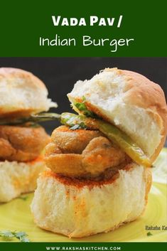 Vada pav is also known as Indian burger and is a popular street food in Maharashtra. Vada pav is a simple recipe in which a deep fried spicy potato dumpling is placed inside bread and is served with different types of chutneys. Lunch Recipes, Real Food Recipes, Great Recipes, Breakfast Recipes, Vegetarian Recipes, Dinner Recipes, Favorite Recipes, Healthy Recipes, Amazing Recipes