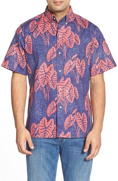 Free shipping and returns on Reyn Spooner 'Hawaiian Kalo' Classic Fit Wrinkle Free Sport Shirt at Nordstrom.com. Clusters of leaves from the sacred Haiwaiian kaloplant pattern abutton-down sport shirt that's crafted from a soft and slubby wrinkle-resistant cotton blend sourced from Japan.