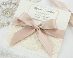 Spitze Hochzeitseinladung