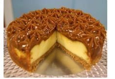 Cheesecake de Doce de Leite - http://www.sobremesasdeportugal.pt/cheesecake-de-doce-de-leite/
