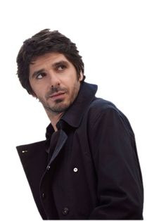 Patrick Fiori, voice of an angel, eyes of a cow Britney Spears, Cow Eyes, Beautiful Men, Beautiful People, Ugly Men, French People, Jolie Photo, Celebs, Celebrities