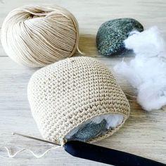 curso básico de crochet para principiantes - Ahuyama Crochet Easy Knitting, Knitting For Beginners, Knitting Patterns Free, Stitch Patterns, Simple Wallet, Origami Bag, Japanese Origami, Wallet Tutorial, Mini Heart