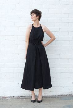 DIY Strappy Linen Dress – Review of the Acton Dress by In The Folds   Sew DIY