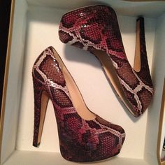 Our BROOKE snakeskin pumps are available!  One size only (37) and only ONE available!