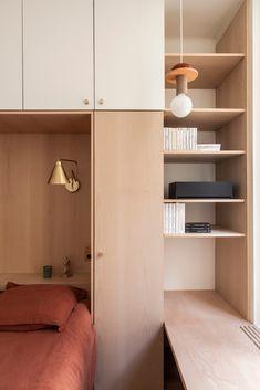 Minimalist Dining Room, Minimalist Home Interior, Minimalist Bedroom, Home Interior Design, Interior Architecture, Bedroom Built Ins, Small Room Bedroom, Master Bedroom, Bedroom Cabinets
