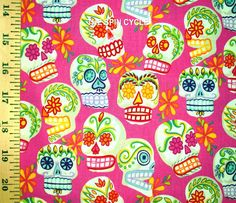 1 Fat Qtr CALAVERAS SUGAR SKULLS MINI Mexican Latino Alex Henry Pink Halloween