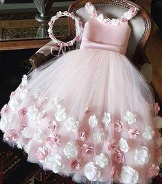 Cute Pink Floor Length Flower Girl Dresses Birtdhay Gown from dressydances Toddler Flower Girl Dresses, Little Girl Dresses, Dresses For Kids, Small Girls Dress, Toddler Princess Dress, Baby Pink Dresses, Girls Dresses Online, Baby Girl Birthday Dress, Girls Frock Design