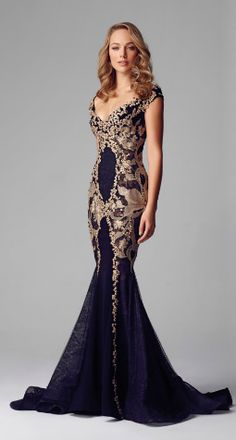 Alberto Makali LACE APPLIQUE EVENING GOWN