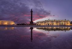 Вечерний Петербург. Закат над Дворцовой площадью. Автор: Sergey Louks