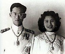 https://de.wikipedia.org/wiki/Bhumibol_Adulyadej