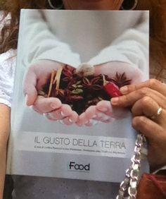 Un giorno di sorrisi e abbracci a Torino http://www.ipasticciditerry.com/il-gusto-della-terra-ifood-2/