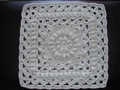Ravelry: Crown Jewels - square pattern by Melinda Miller Free Square… Crochet Squares Afghan, Crochet Bedspread, Crochet Motifs, Granny Square Crochet Pattern, Crochet Blocks, Crochet Stitches Patterns, Crochet Designs, Stitch Patterns, Knitting Patterns