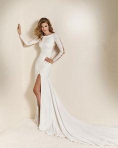 Svatební šaty Adina Pronovias Chaima Slit Wedding Dress 1d1e2fdd03