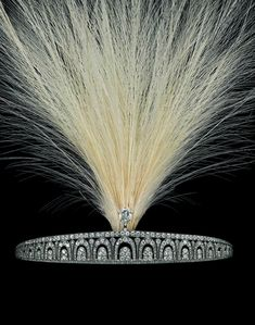 The property of a lady of title. An exquisite Art Déco tiara by Cartier