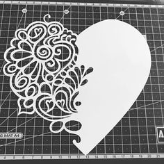 Stencil Patterns, Stencil Designs, Kirigami, Diy And Crafts, Paper Crafts, Scroll Saw Patterns, Pop Up Cards, Paper Cutting, Paper Flowers