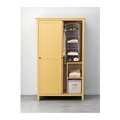 IKEA - HEMNES, Gardrób 2 tolóajtóval, fehérre pácolt, , Tömör fa, strapabíró, természetes anyag.Ideális hosszú és rövid akasztható, valamint összehajtogatott ruhákhoz.Ha a belsejét is rendszerezni akarod, kiegészítheted a SVIRA sorozat belső kiegészítőivel.