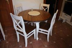Kulatý bílý stůl Sweet Home Sweet Home, Dining Table, Furniture, Home Decor, Decoration Home, House Beautiful, Room Decor, Dinner Table, Home Furnishings