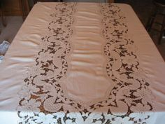 Antique Madeira Floral Linen Tablecloth 120x68 Napkins Embroidery