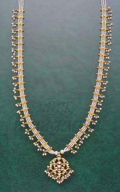 Sparkling Fashion: South sea pearls Gold necklace designs / Gottu pusala necklace collection Pearl Necklace Designs, Gold Pearl Necklace, Gold Earrings Designs, Gold Jewellery Design, Gold Haram Designs, Fancy Jewellery, Gold Designs, Gold Jewelry Simple, India Jewelry