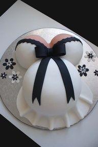 Bolos decorados de grávidas - http://www.boloaniversario.com/bolos-decorados-de-gravidas/