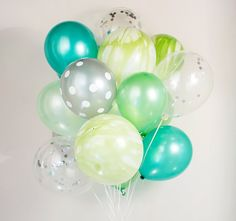Green confetti balloons :-) set of 20, frog, tinker bell, peter pan party - AU free shipping