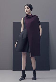 Less: minimalist fashion by Matthieu Belin – Llamas' Valley