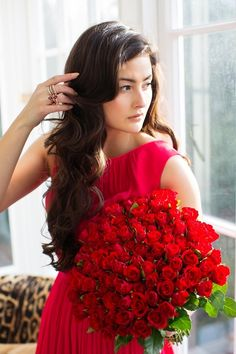 Roses are Red - Peony Lim Red Peonies, Red Roses, Cool Pictures For Wallpaper, Flower Girl Photos, Peony Lim, Best Valentine's Day Gifts, Bridesmaid Dresses, Wedding Dresses, Photography Women