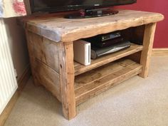BESPOKE HANDMADE RUSTIC FARMHOUSE STYLE WOODEN TV UNIT / STAND